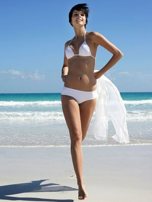 confident-woman-on-beach